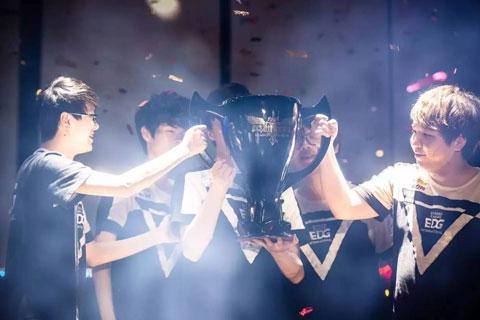EDG北京夺新冠,德杯决胜锁四强
