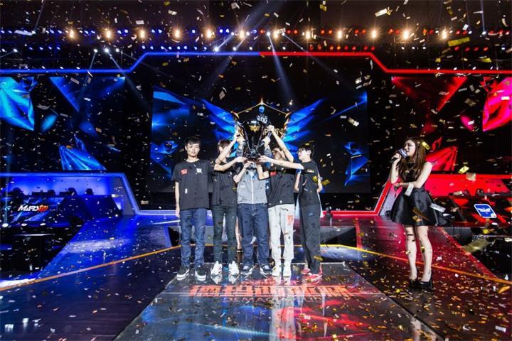 战火再燃!2015德玛西亚杯年度总决赛(武汉站)比赛预测