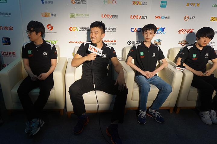 NEST(LOL项目1/4决赛)VG赛后采访