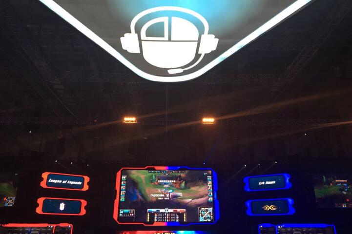 PentaQ Nest初秀,对弈联盟杂技王 | NEST第二日前瞻