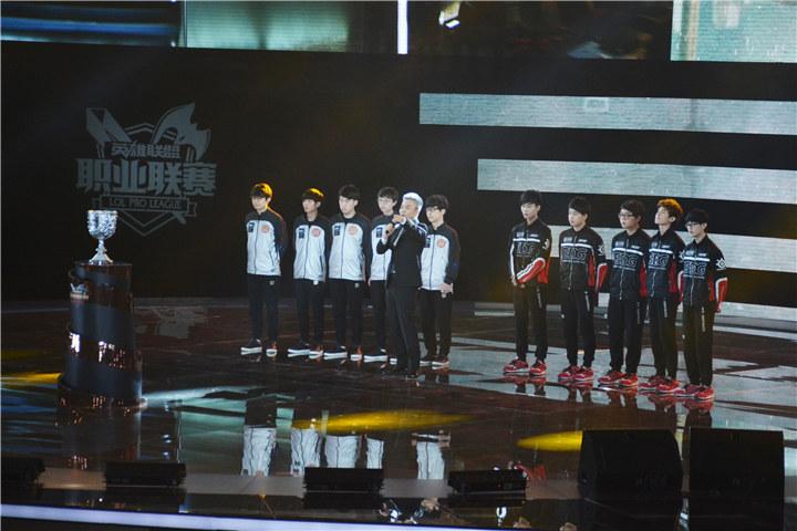 老外怎么看之EDG、RNG特稿:印象回顾与决赛前瞻