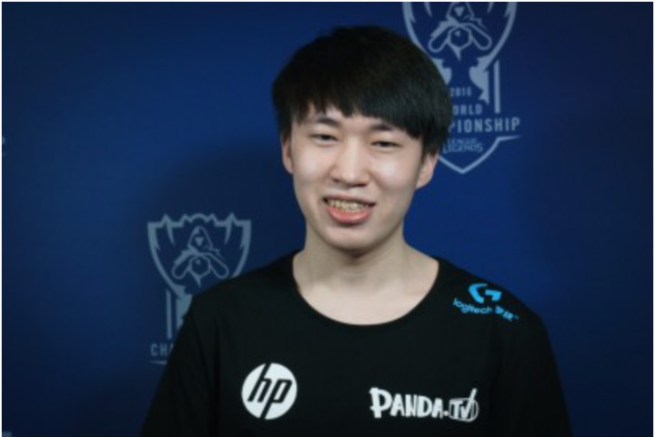 RNG赛后群访Xiaohu:想让他们见识一下中国中单