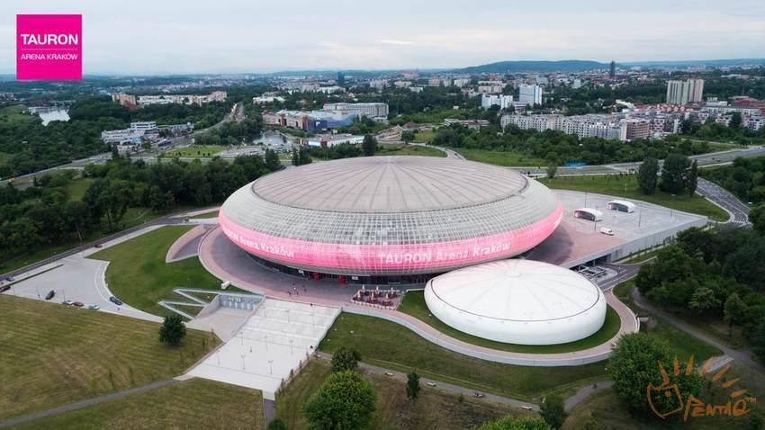 图24 2016 EU LCS夏季赛决赛场地-波兰克拉科夫Tauron体育场 源自lolesports.jpg