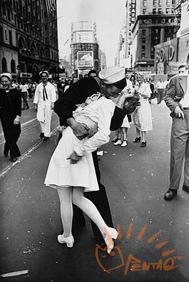 胜利之吻——来自维基百科.jpg
