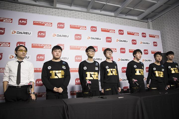 RNG赛后群访:目前队伍指挥是Ming