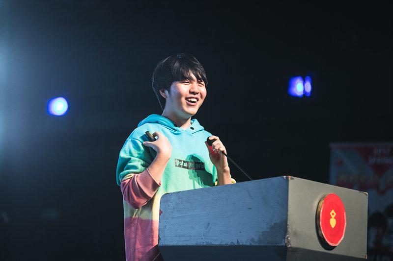 Rookie在上戏演讲后,韩国的粉丝怎么说