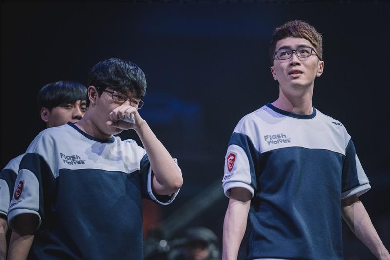 2017季中赛小组赛·评论大爆炸D4:韩国杀手归位 置诸死地而后生