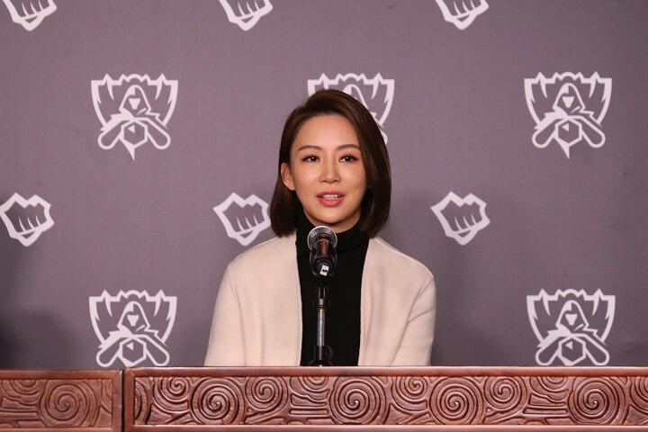 潘晓婷、王濛采访:电子竞技的未来一定会超过很多人的想象