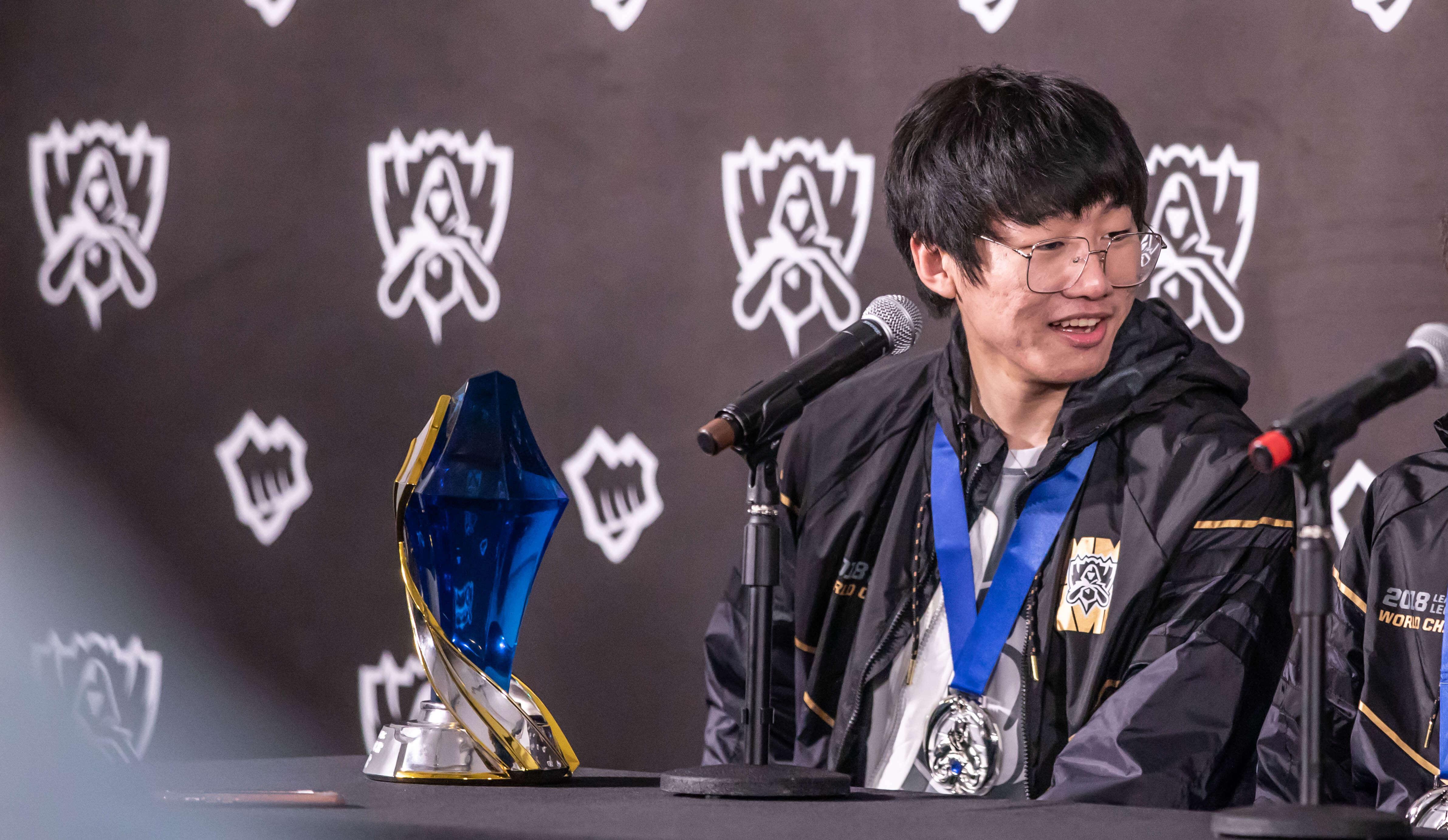 【PentaQ刺猬问答】如何看待 iG 打野位选手「ning」拿到 S8 总决赛 MVP?