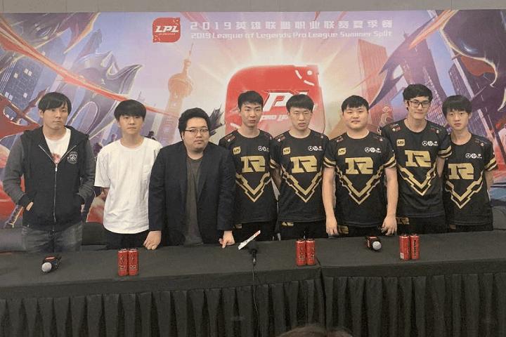 【RNG赛后群访】Xiaohu:我觉得只要拿到自己强的英雄什么打法都可以。